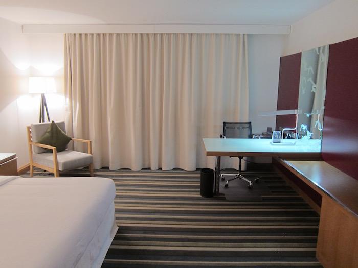 Sheraton-Frankfurt-Airport-Suite - 8