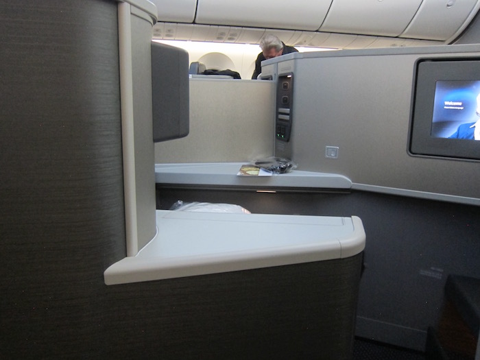 American-787-Business-Class - 12
