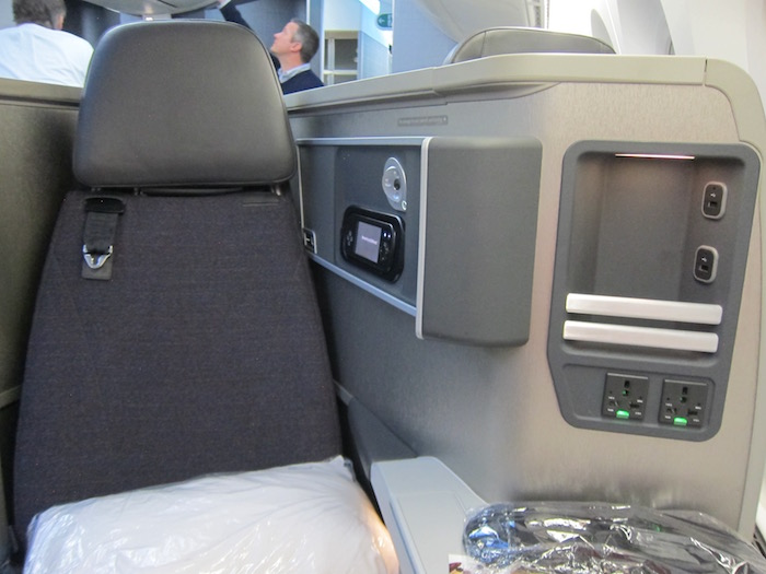 American-787-Business-Class - 8