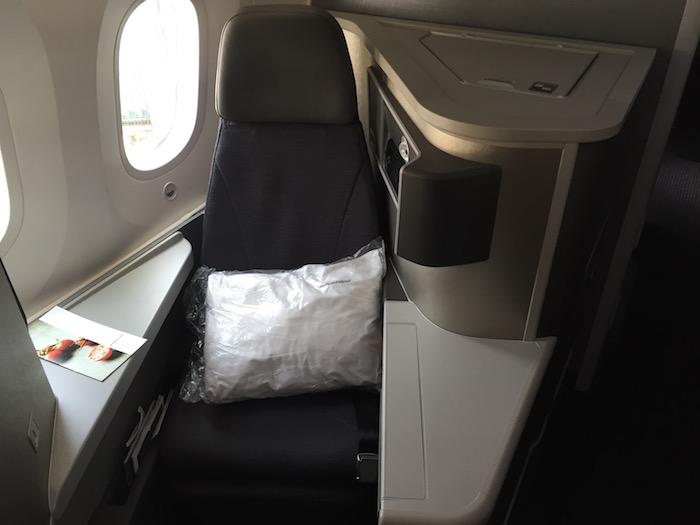 American-Business-Class-787 - 8