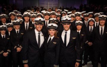 Qantas Pilot Uniforms 1