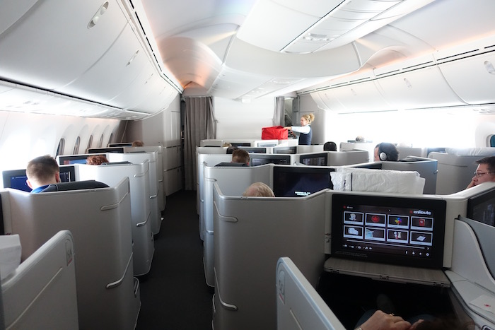 Air-Canada-787-Business-Class - 42