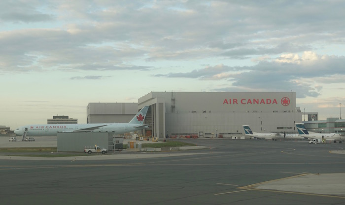 Air-Canada-787-Business-Class - 70