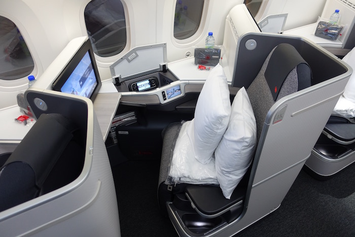 Air-Canada-Business-Class-787 - 3