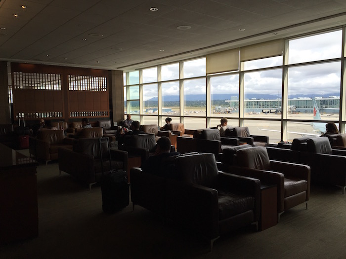Air-Canada-Lounge-Vancouver - 10