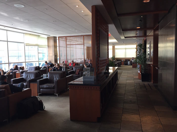 Air-Canada-Lounge-Vancouver - 9