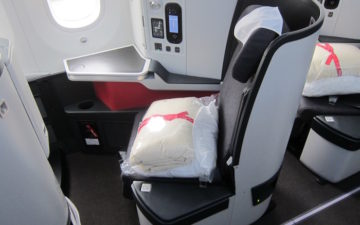 Avianca 787 Business Class – 12
