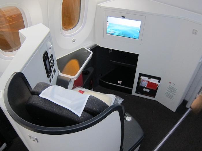 Avianca-Business-Class-787 - 8