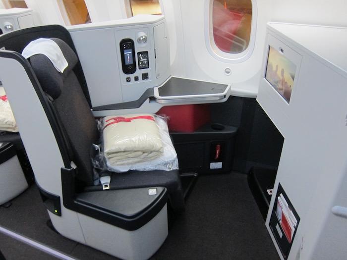 Avianca-Business-Class-787 - 9