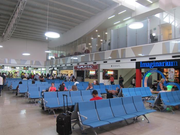 Avianca-Lounge-Cartagena-Airport - 1