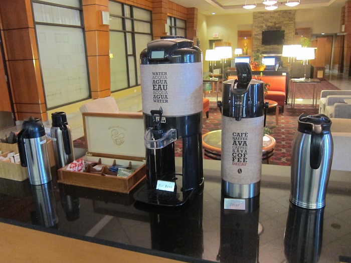 Four-Points-Sheraton-Vancouver-Airport - 11