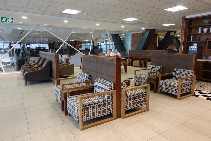 South-African-Airways-Lounge-Johannesburg - 27