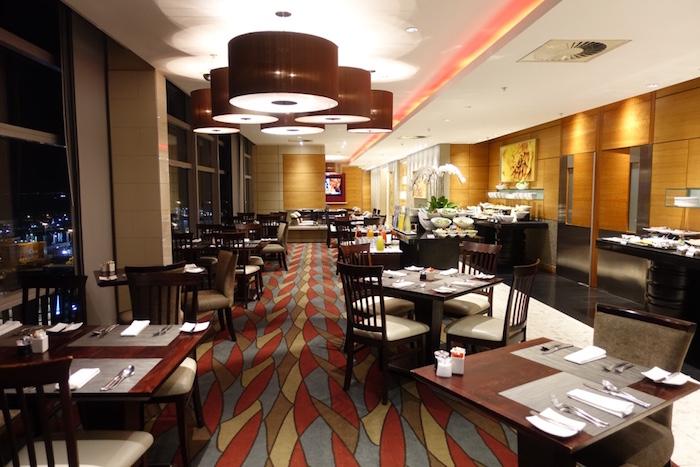Westin-Club-Lounge-Breakfast