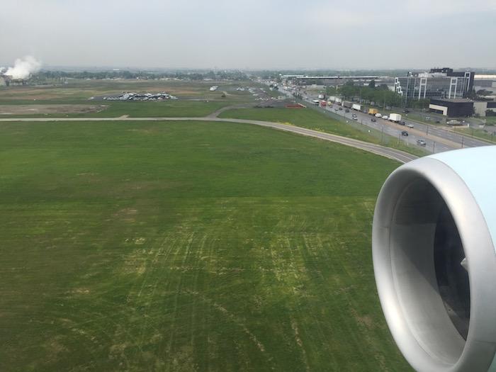 Air-Canada-777-Business-Class - 65