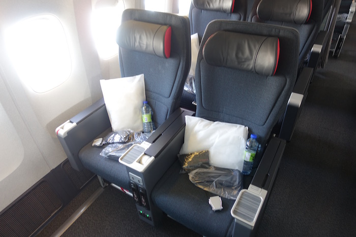 Air-Canada-777-Business-Class - 7