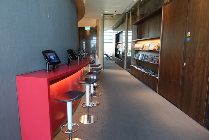 Air-Canada-Lounge-London-Heathrow - 31