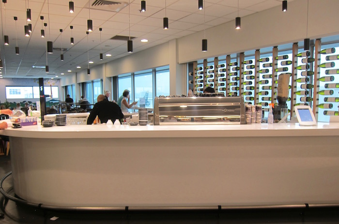 Air-New-Zealand-Lounge-Auckland - 27