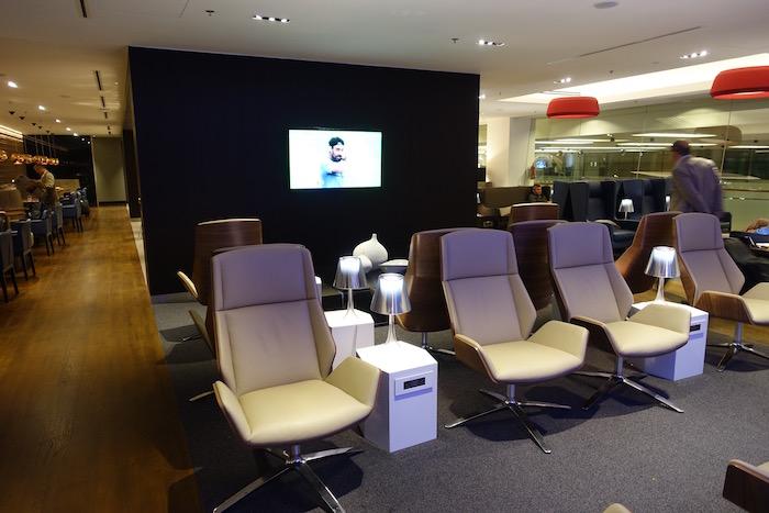 British-Airways-Lounge-Singapore - 14