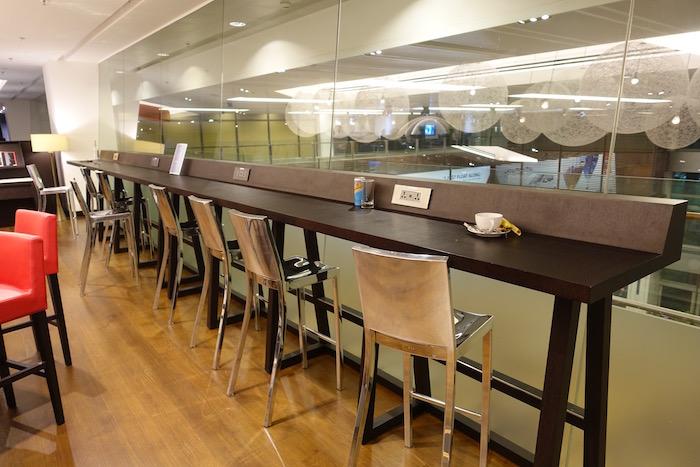 British-Airways-Lounge-Singapore - 6