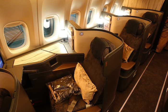 China-Airlines-Business-Class-777 - 13