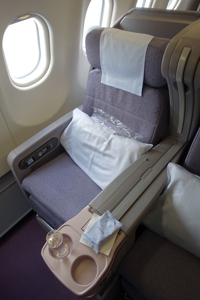 China-Airlines-Business-Class-A330 - 7