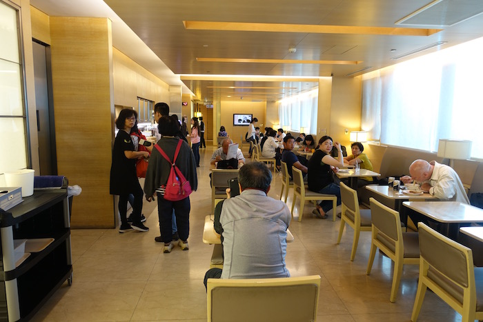 China-Airlines-Lounge-Taipei - 17
