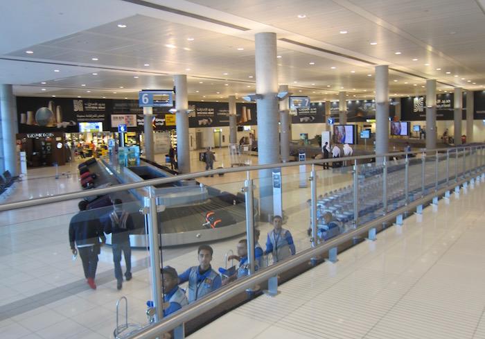 Etihad-Arrivals-Lounge-Abu-Dhabi - 3