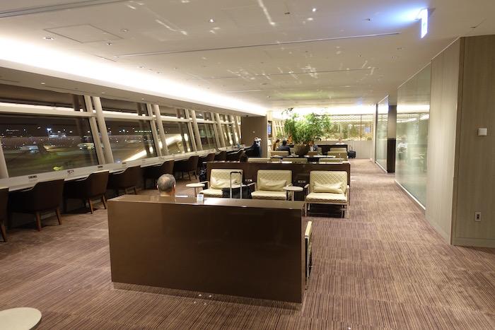 Japan-Airlines-Lounge-Tokyo-Haneda - 8