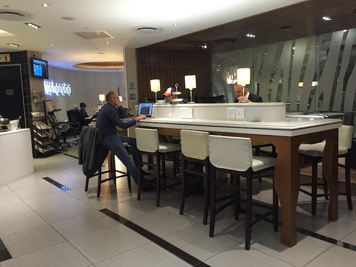 Johannesburg-Airport-Lounge - 12
