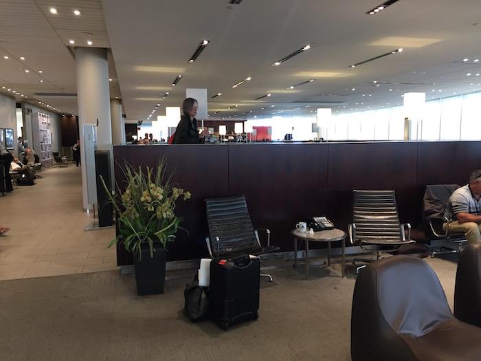 Maple-Leaf-Lounge-Toronto - 1