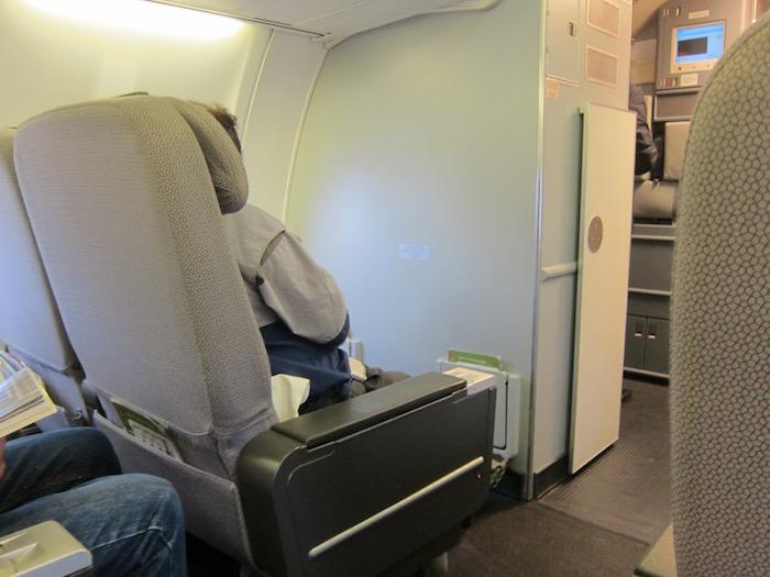 Qantas-737-Business-Class - 5