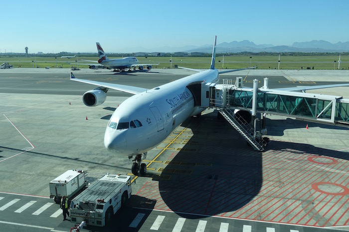 South-African-Lounge-Cape-Town-Airport - 5