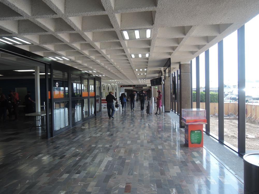 TIJ-Airport-VIP-Lounge-12