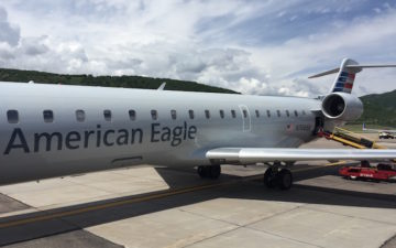 Why Do Major Airlines Outsource Flights To Regional Airlines