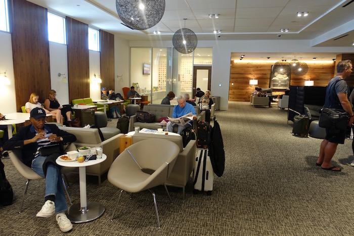 Amex-Centurion-Lounge-Houston - 8