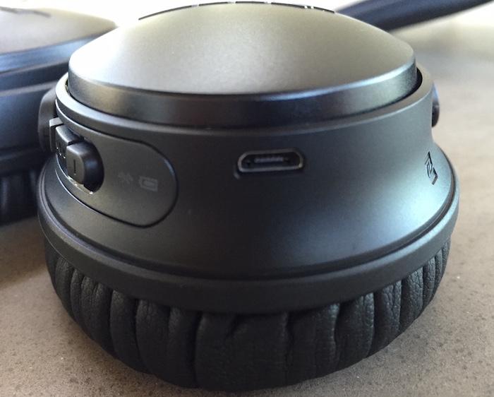 Bose-Wireless-Headphones-5