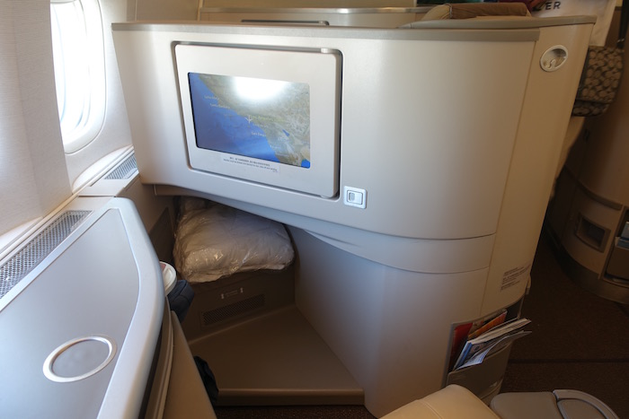 China Eastern Business Class 777 10 One Mile At A Time