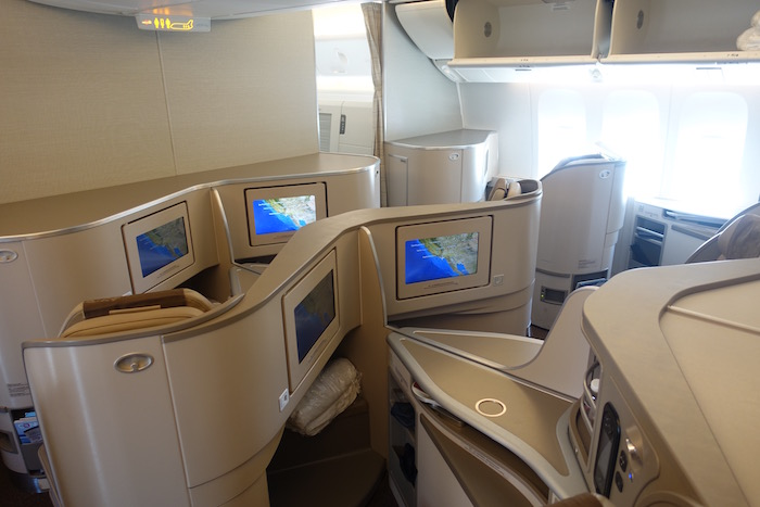 China eastern business class 777 3 one mile at a time - China eastern airlines sydney office ...