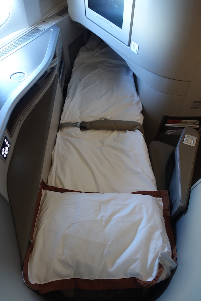 China-Eastern-Business-Class-777 - 88