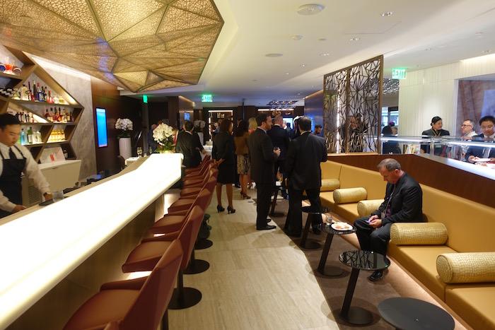 Etihad-Airways-Lounge-LAX - 16