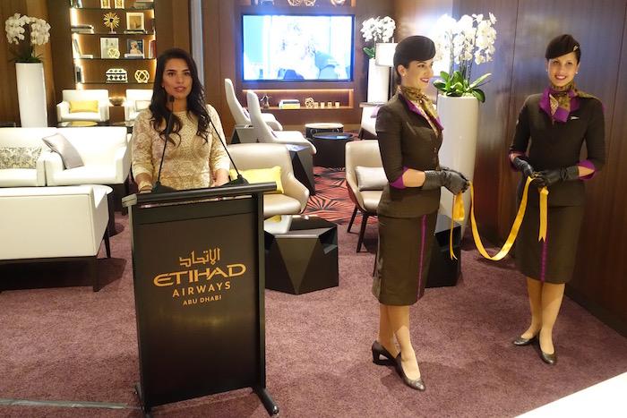 Etihad-Airways-Lounge-LAX - 44