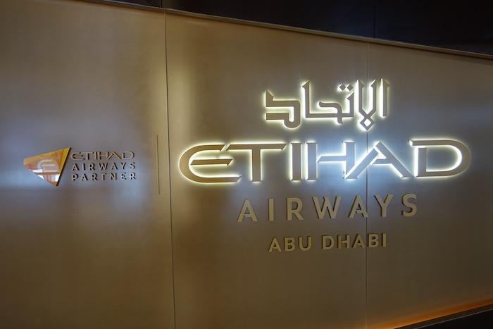 Etihad-Airways-Lounge-LAX - 8