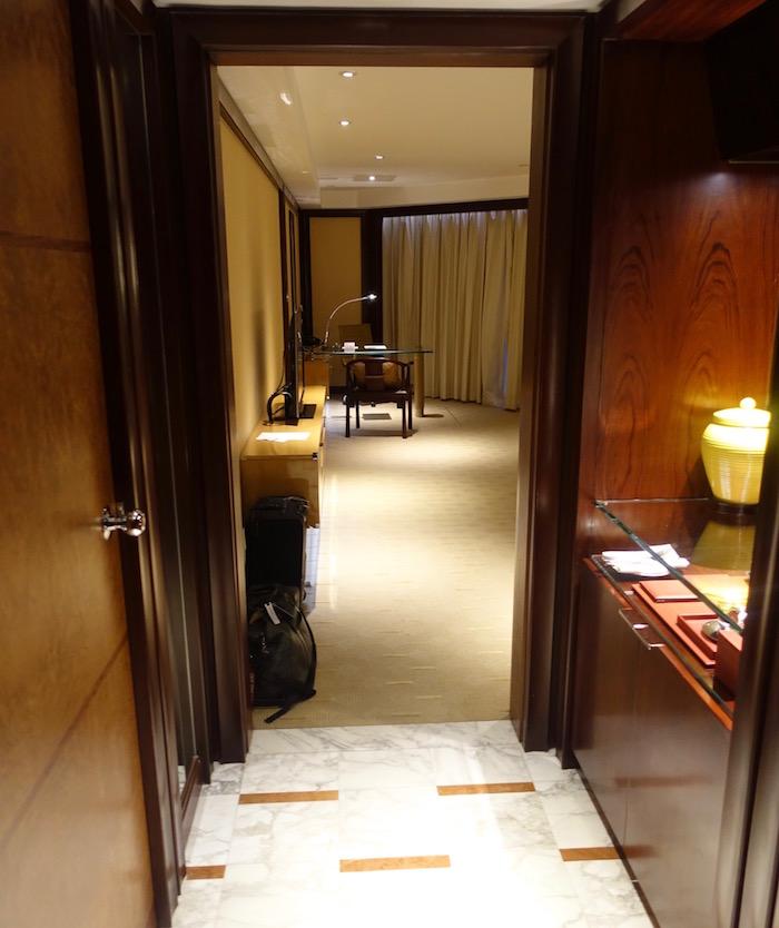 Grand-Hyatt-Shanghai - 19