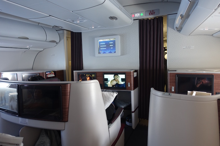 Qatar-Airways-A340-Business-Class - 30