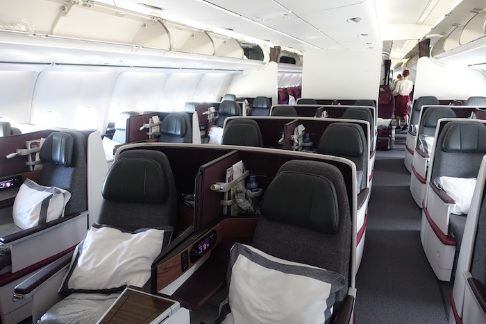 Qatar-Airways-A340-Business-Class - 4