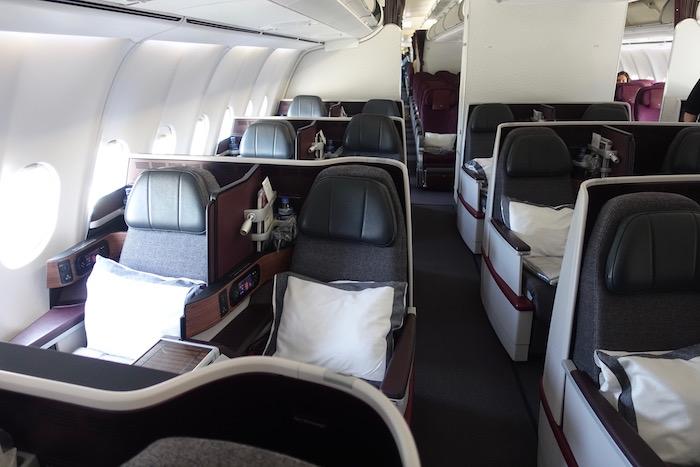 Qatar-Airways-A340-Business-Class - 6