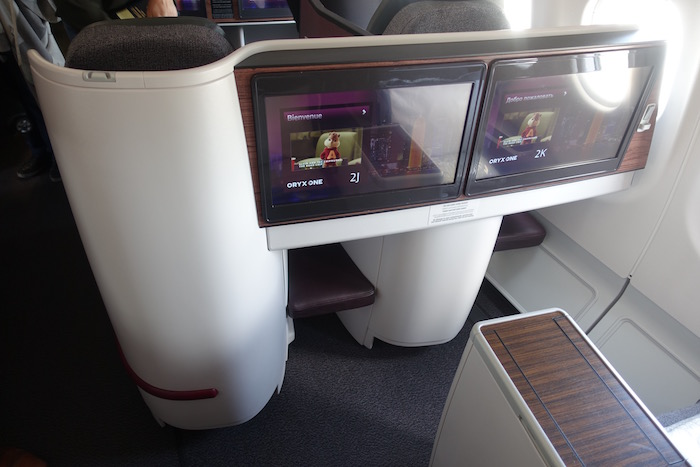 Qatar-Airways-A340-Business-Class - 8