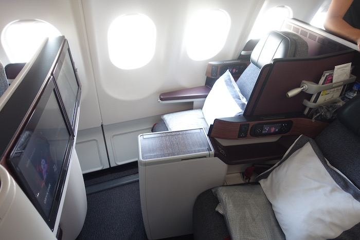 Qatar-Airways-A340-Business-Class - 9