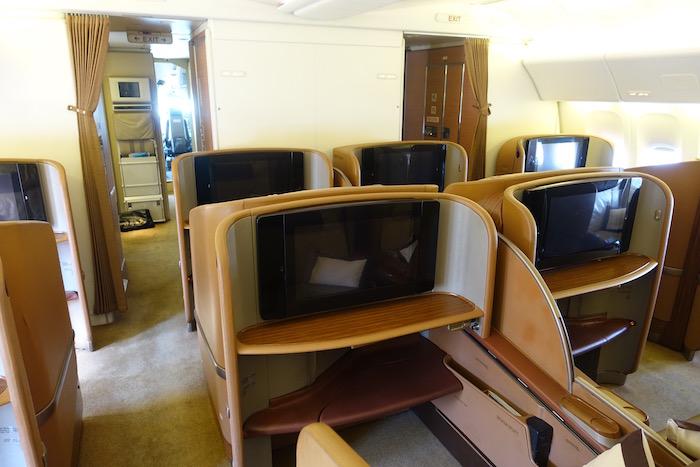 Singapore-First-Class-777 - 1