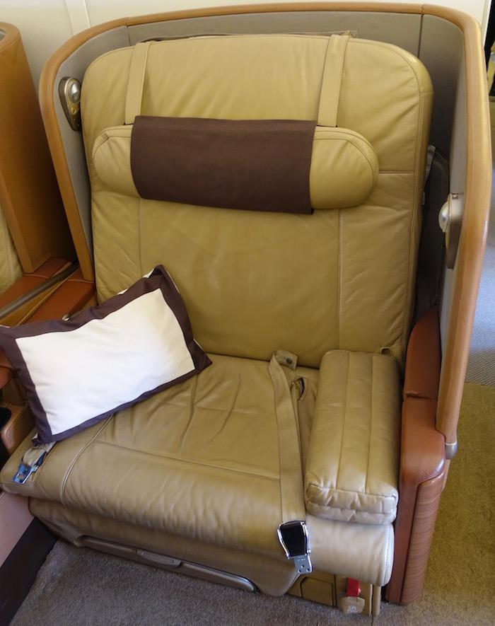Singapore-First-Class-777 - 3